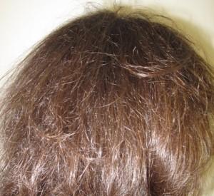 Des cheveux toujours aussi lumineux et denses