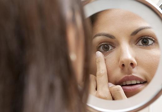 Tout savoir sur les imperfections de la peau et les éviter