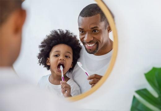 Hygiène dentaire des enfants : l'essentiel à savoir